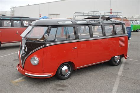 volkswagen bus beautiful vw classic bus vw bus