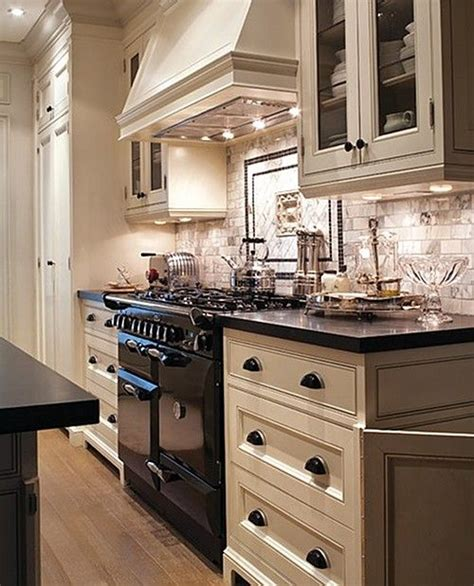 25 best ideas about kitchen black appliances on black appliances oak cabinet