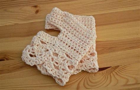 crochet pattern yoga socks crochet yoga socks 183 a sock 183 yarncraft on cut out keep