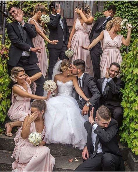 Bridal Picture Ideas by Pic With Bridesmaids And Groomsmen Weddings