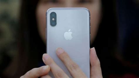 get rs 19 500 discount on apple iphone x check iphone xs and iphone xs max price zee business
