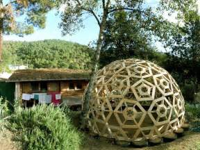 rotunda homes diy wooden dome built from pallets