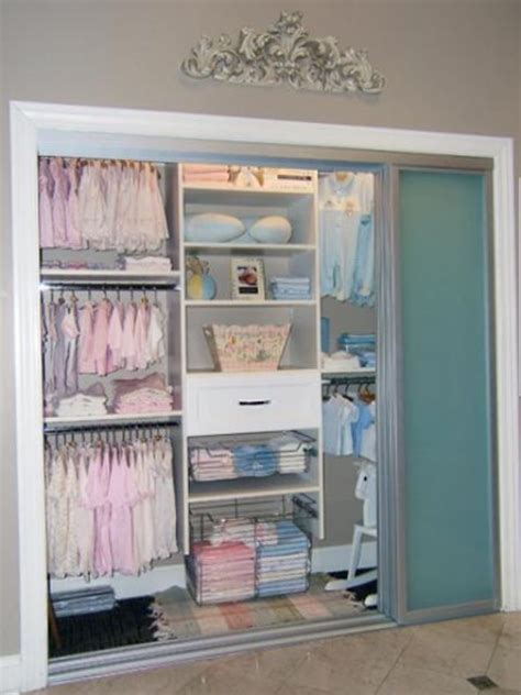 Organizing A Closet With Sliding Doors by 37 Smart And Ways To Organize Your Kids Clothes Digsdigs