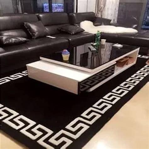tappeti neri moderni oltre 25 fantastiche idee su tappeto bianco e nero su