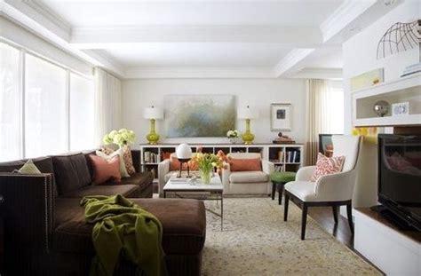 interior design blogspot kako dekorisati dnevni boravak sa smeđom sofom ili kaučem