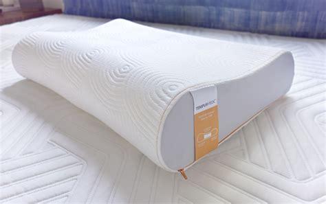 Tempurpedic Pillows Cheap by High Tech Guest Room Choosing A Mattress Pillows