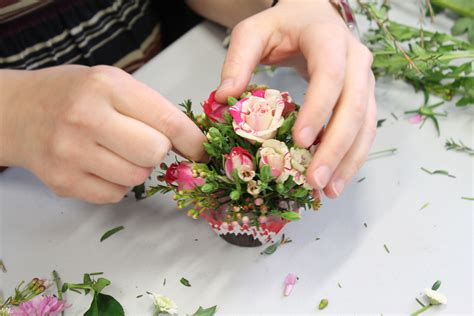flower arranging class flower arranging courses london