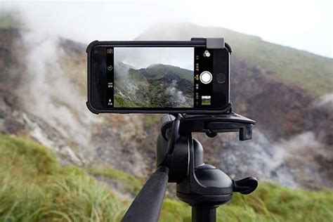 snap pro camera iphone  case boasts physical shutter