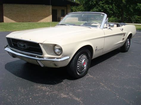 1967 ford mustang interior 1967 mustang convertible 289 pebble beige parchment
