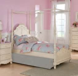 Girls Canopy Bedroom Set Dreamy White Finish Full Girls Poster Canopy Bed Bedroom
