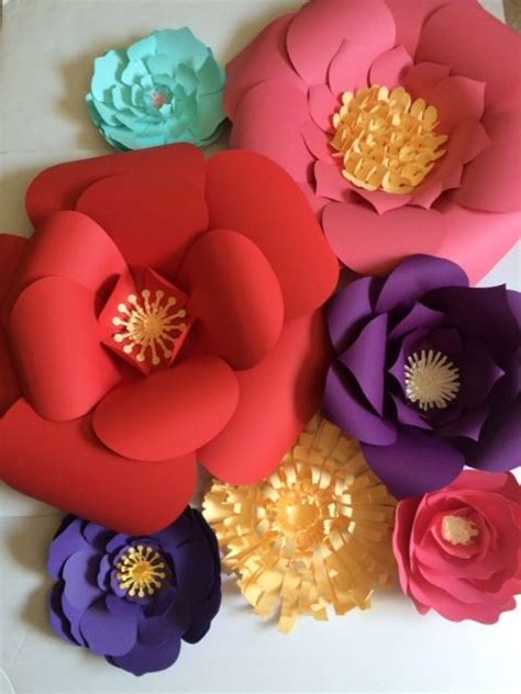 Big Paper Flowers - 1000 ideas about big paper flowers on paper