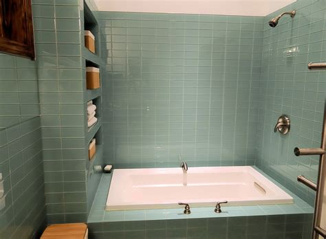 Glass Tile Bathroom Ideas by Glass Subway Tile In Bathrooms Showers Subway Tile Outlet