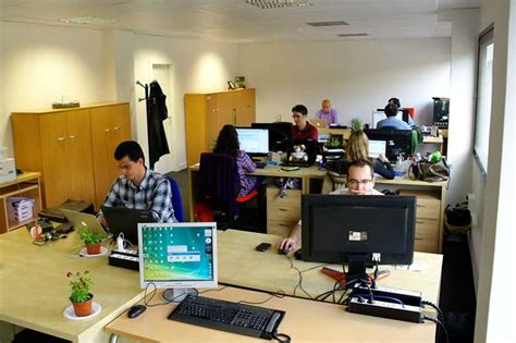 material oficinas quot hay 4 3 millones de empleados en el sector formal de la