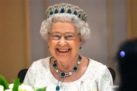 queen elizabeth queen elizabeth ii is not dead
