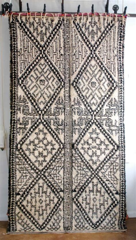 tribal pattern carpet vintage moroccan beni ouarain tribal carpet from red