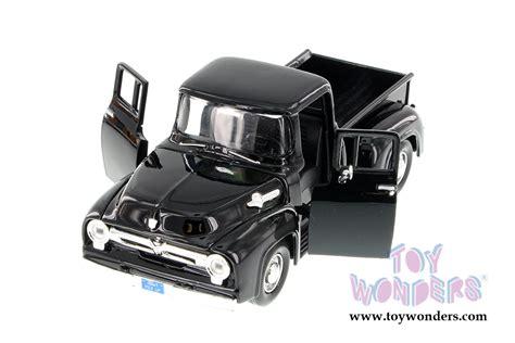 Miniatur 1956 Ford F 100 1956 ford f100 up 73235ac bk 1 24 scale showcasts