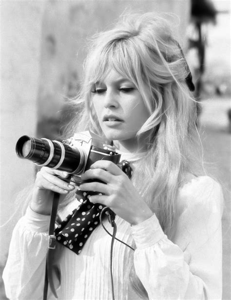 Bridget Bardot Hairstyles by A Can 231 227 O Je T Aime Moi Non Plus