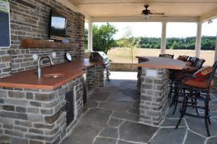 House Plans With Pools And Outdoor Kitchens Interior Of Pool House With Outdoor Kitchen Traditional