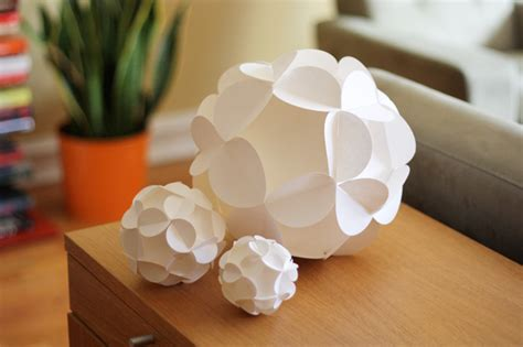 How To Make Sphere From Paper - how to make 3d paper ornaments how about orange