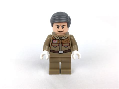 Lego Minifigure General Rieekan lego wars forum from bricks to bothans view topic review 75056 lego wars advent