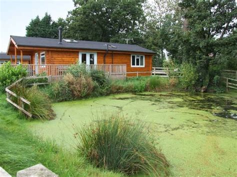 Holidays In The Peak District Log Cabins by Waterside Lodge Peak District Lake Logcabinholidays