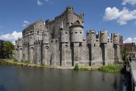 ridders en kastelen het kasteel