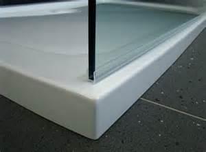 kalk in badewanne entfernen dusche glaswand badewanne glasdusche reinigen und kalk