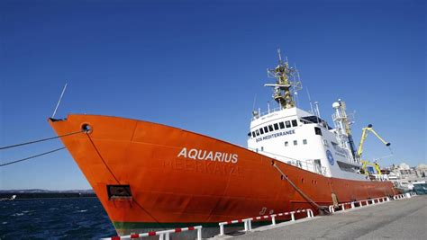 aquarius dernier bateau sos m 233 diterran 233 e l aquarius porte secours 224 167 migrants
