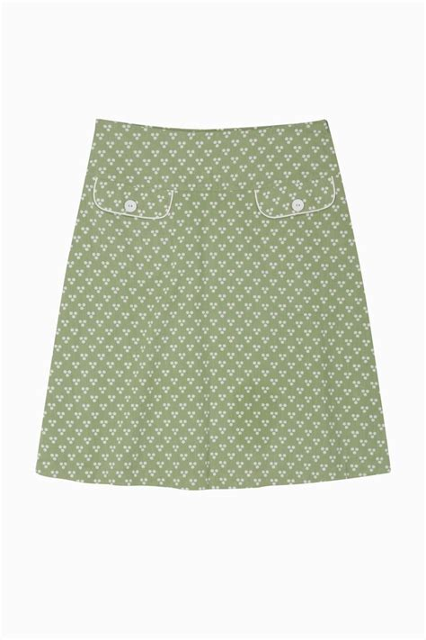 this skirt particularly the welt pockets would go