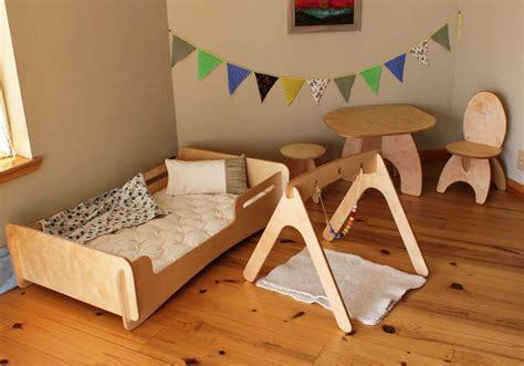 letto montessori lettino montessori scoprite i modelli della woodly in