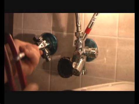 rubinetto miscelatore che perde rubinetto che perde sostituzione con fai da te