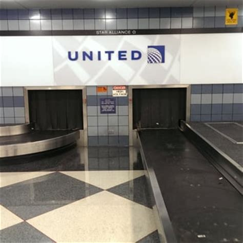 united baggage claim united airlines 185 photos 627 reviews chicago il