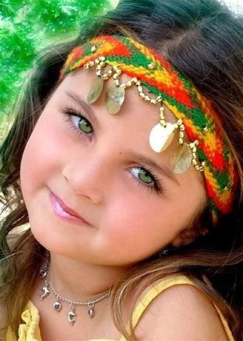 beautiful afghanistan girls afghan girl she really is a beautiful child ideas for
