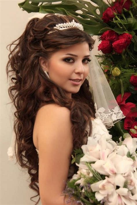 wedding hairstyles curly hair veil wedding hairstyle with tiara and veil rachael edwards