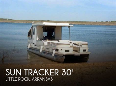 used express bass boats in arkansas for sale for sale used 2006 sun tracker party hut 30 in little