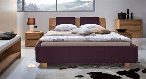 graues kopfteil schlafzimmer was f 252 r farben w 228 hle ich im schlafzimmer