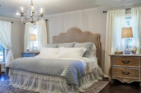 what ceiling fans does joanna gaines use fixer upper remodeled bedroom with feminine touch as seen