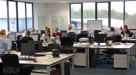ufficio lavoro quanto lavorano gli italiani meno di tutti gli altri