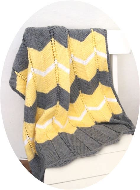 chevron baby blanket knitting pattern she is crafting my doom striped chevron baby blanket