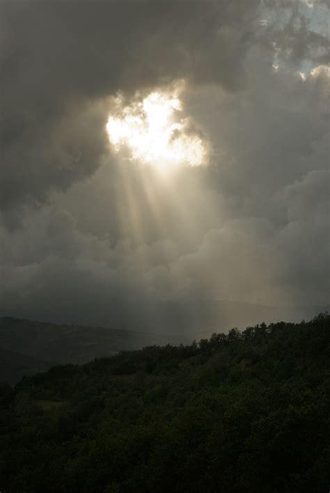 illumina l oscurità soli pensieri l oscurit 224 illumina
