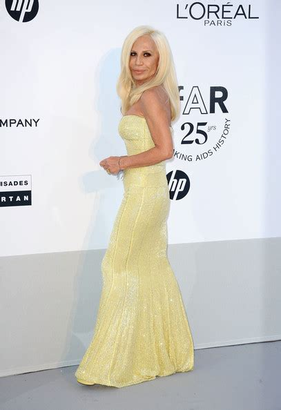 Donatella Says More Skirts by More Pics Of Donatella Versace Evening Dress 3 Of 3