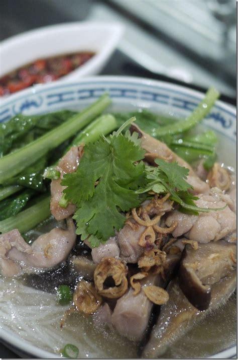 rice vermicelli  chicken broth chopinandmysaucepan