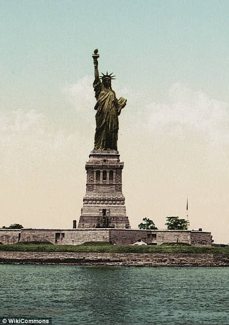 what color was originally associated with the changing colors of the statue of liberty tyranny news