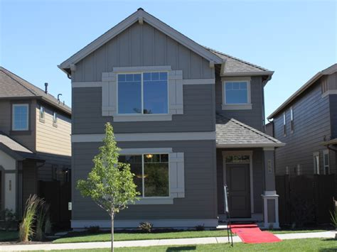 built by pahlisch homes 20761 ne comet bend oregon