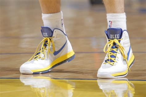 david thompson basketball shoes 110 best images about kicks on court on
