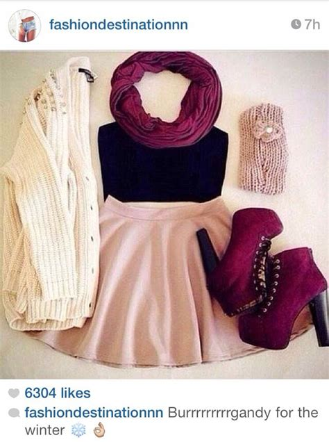 Pretty Bathroom Ideas crop top and skirt outfit ideas from instagram