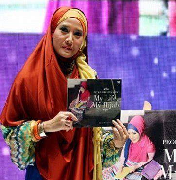 Sale Jilbab Khimar Peggy tips tetap stylish pakai jilbab panjang dari peggy melati sukma