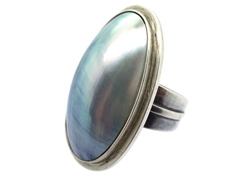 large of pearl oval silver ring the antique