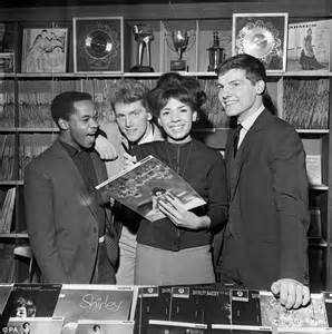 Kaos Rock Bangkok Billy Shop alvin stardust dead aged 72 weeks before album in 30