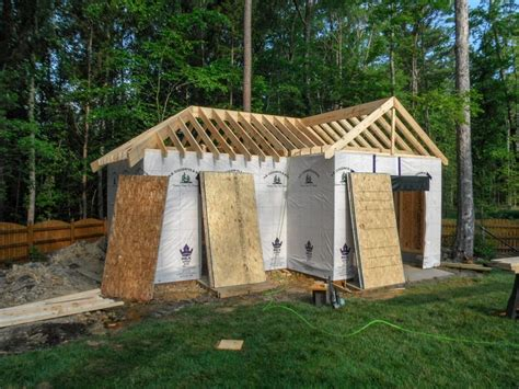 framing continues       shaped garage